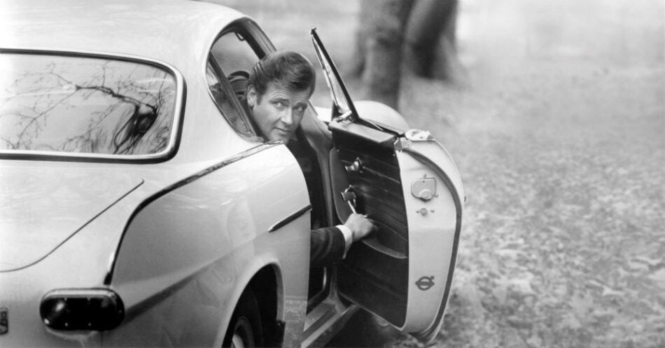 Volvo 1800 S - Roger Moore with car