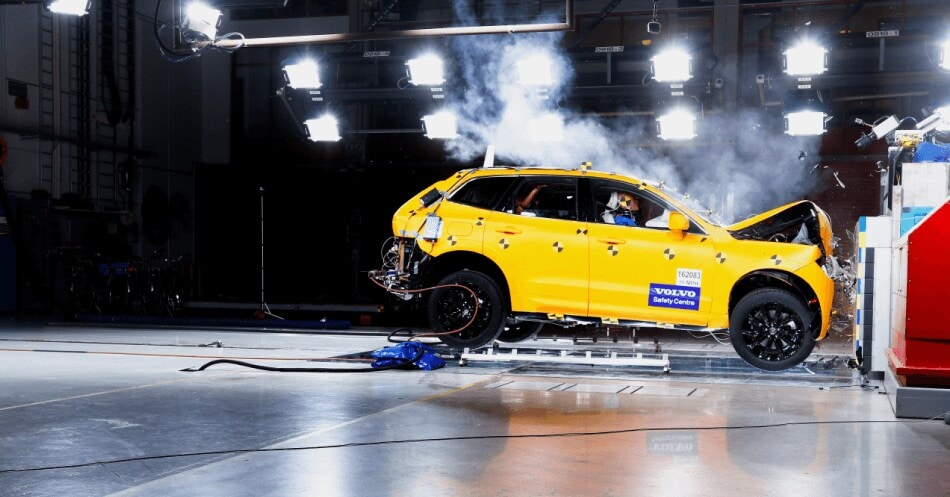 Vision 2020 - XC60 crash test