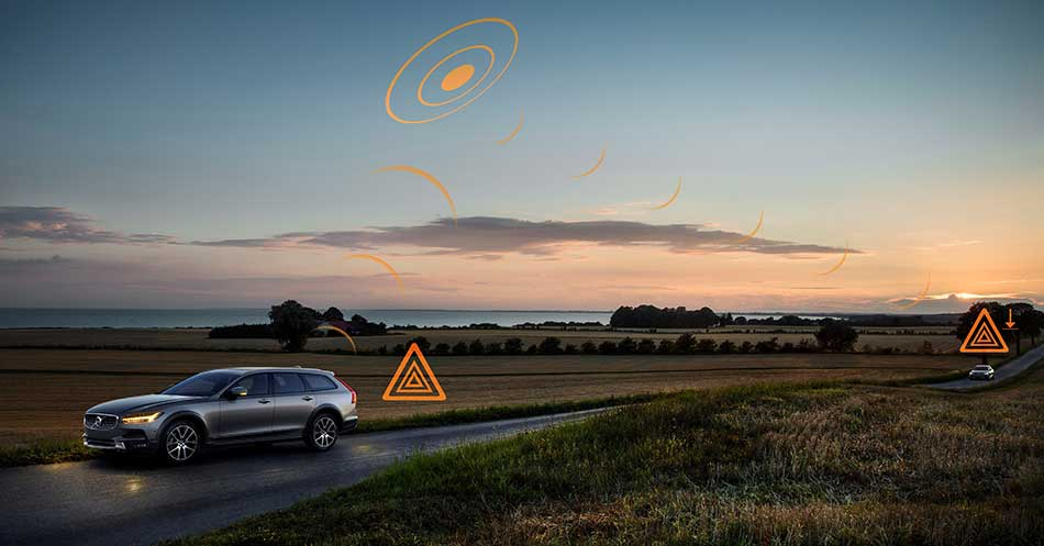 Volvo Cars Hazard Light Alert
