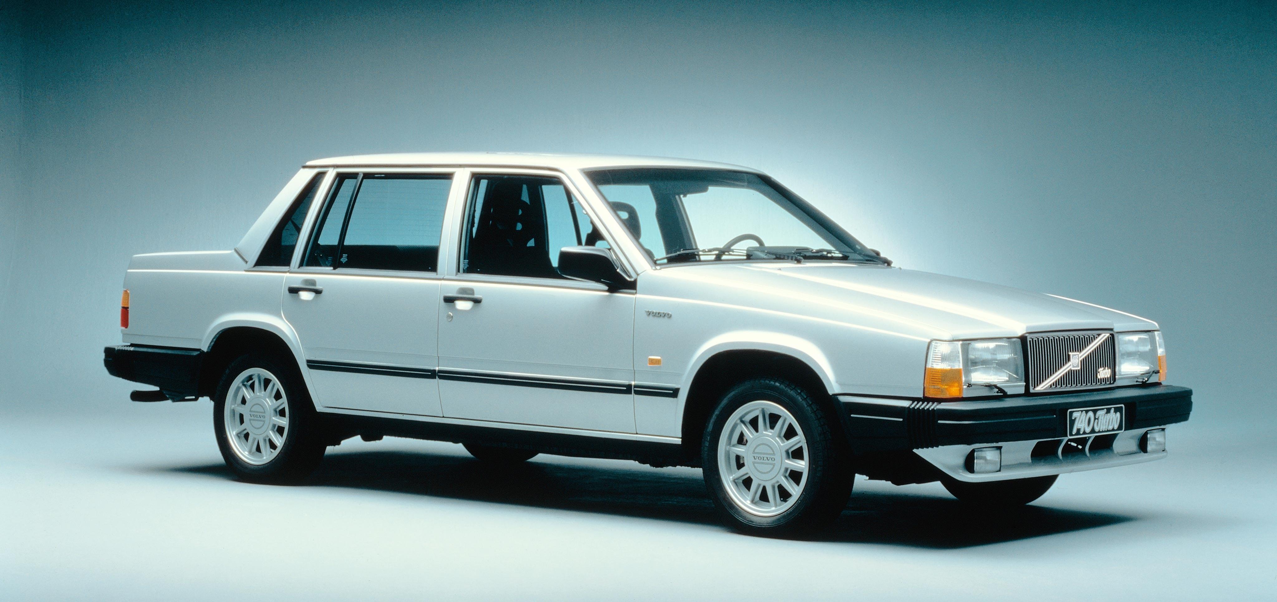 43 740 SEDAN | Volvo Cars
