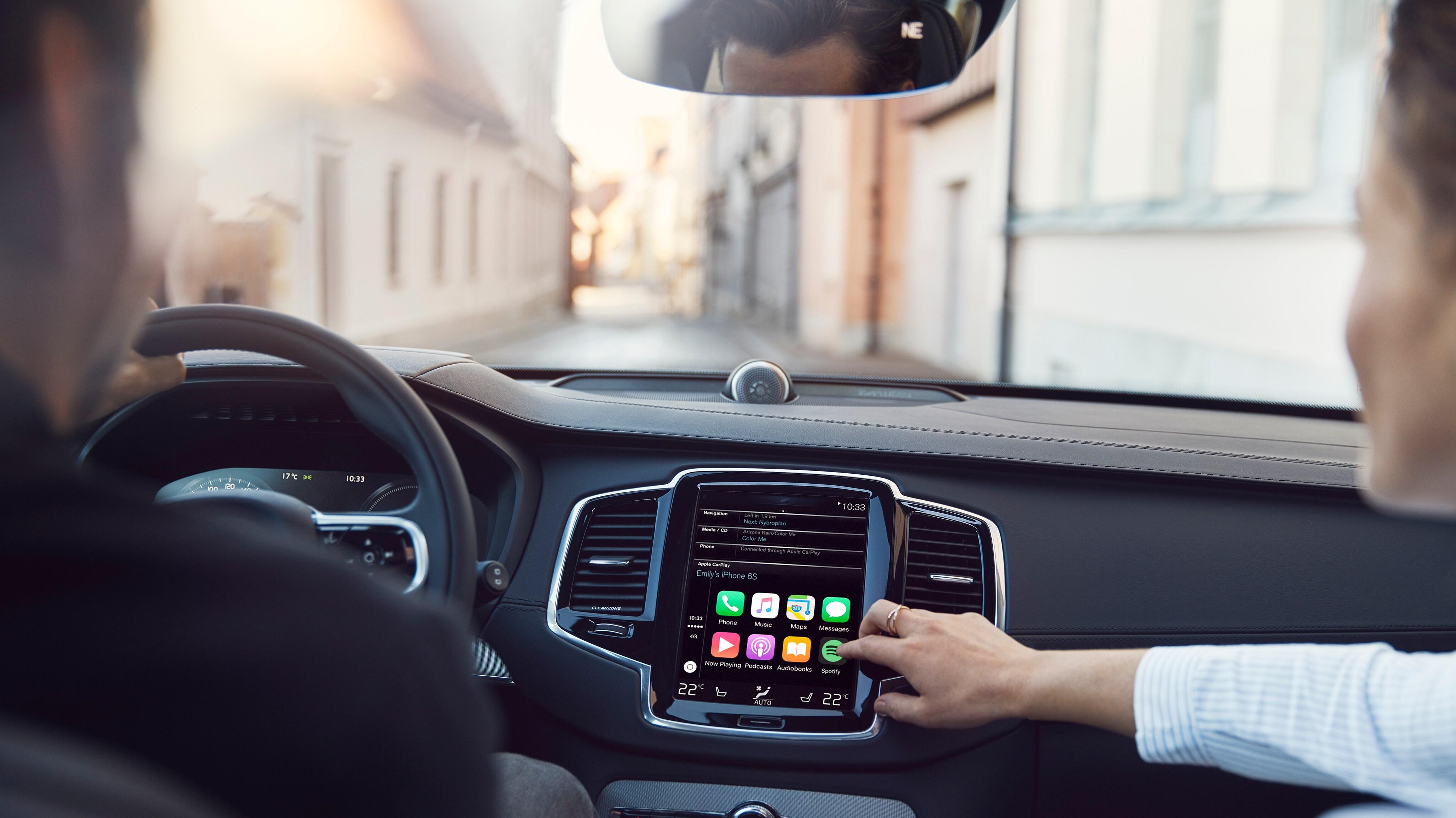 Apple CarPlay | Volvo Cars