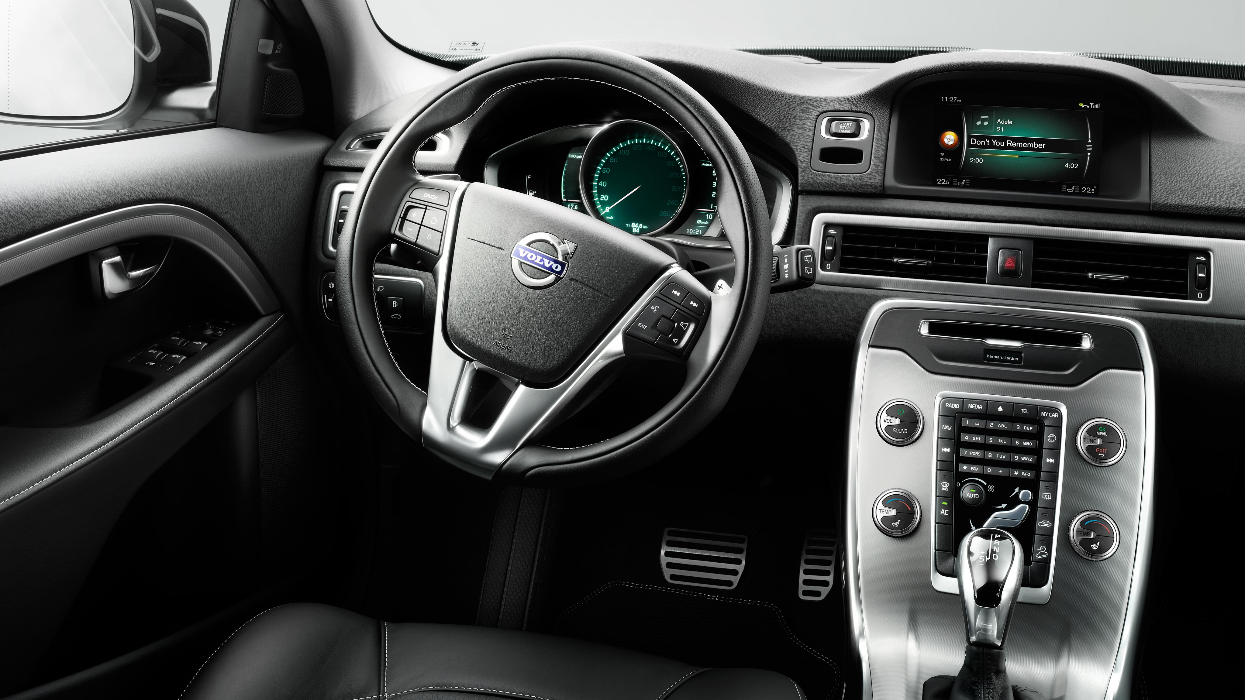 Volvo XC70 Dynamic Interior