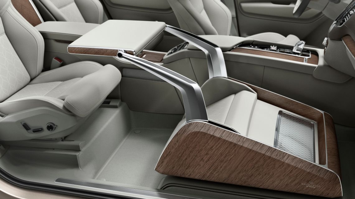 Presse_Volvo_xc90_excellence_loungeconsole