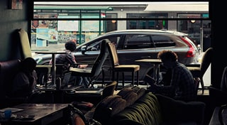 Volvo - Stories und Inspiration - Spring Stories - Cafe
