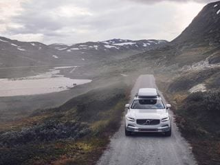 Der Volvo V90 CROSS COUNTRY VOLVO OCEAN RACE - Frontschuss
