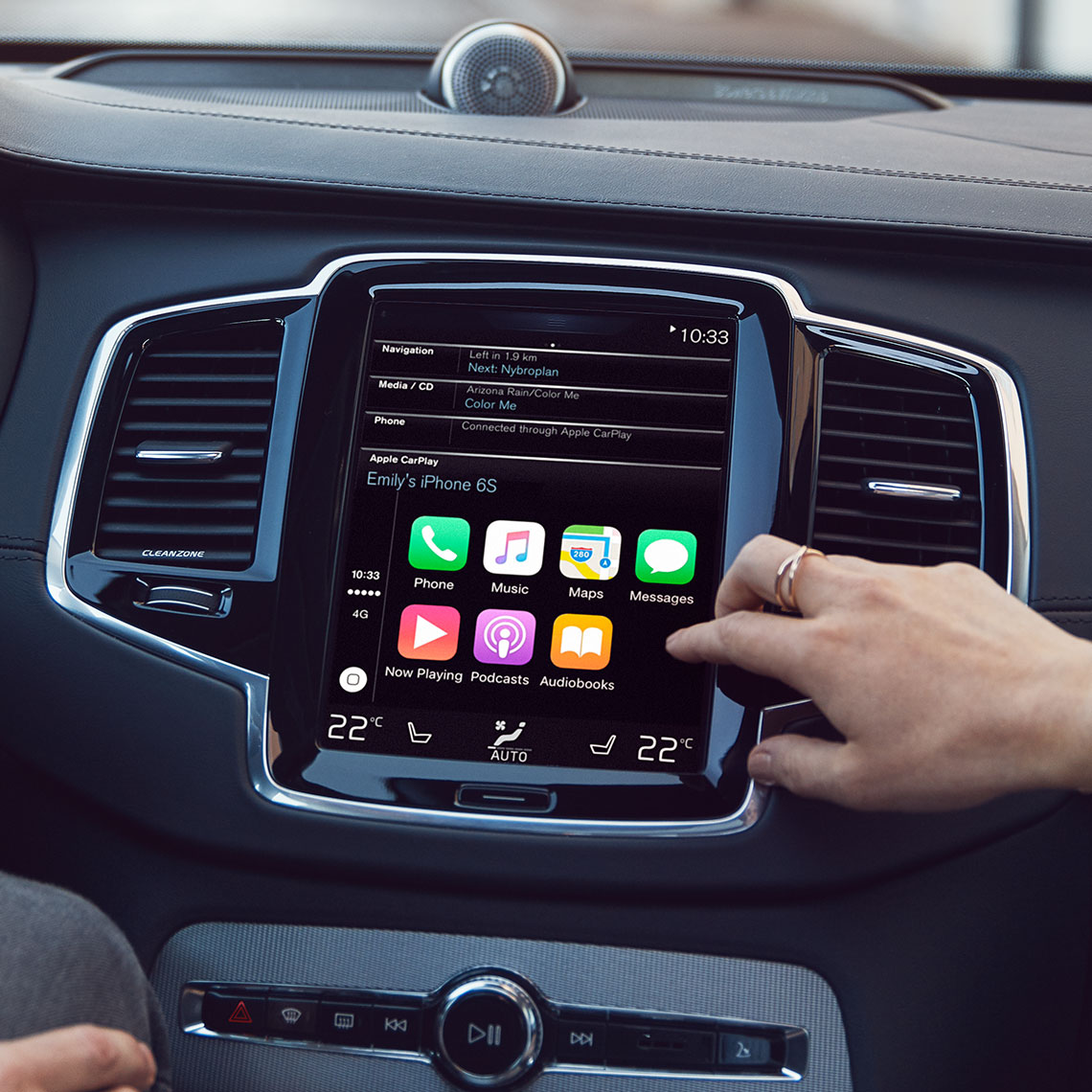 Infotainment - Der Volvo XC90 - Nahaufnahme Display - Apple Carplay