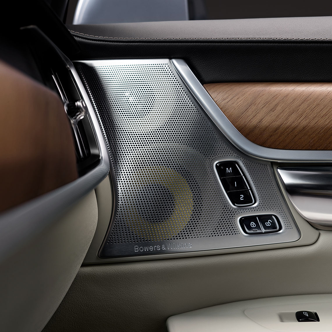 Volvo Soundsysteme - Der Volvo S90 INSCRIPTION - Detailaufnahme des Bowers & Wilkens Soundsystem