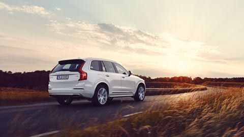 Volvo XC90 en color blanco