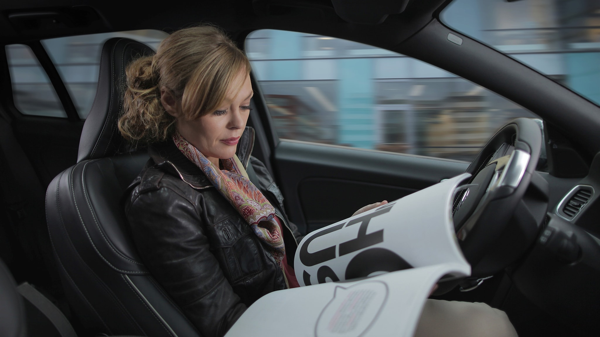 Inside_Our_Vision_Volvo_Future_of_Driving_Femme
