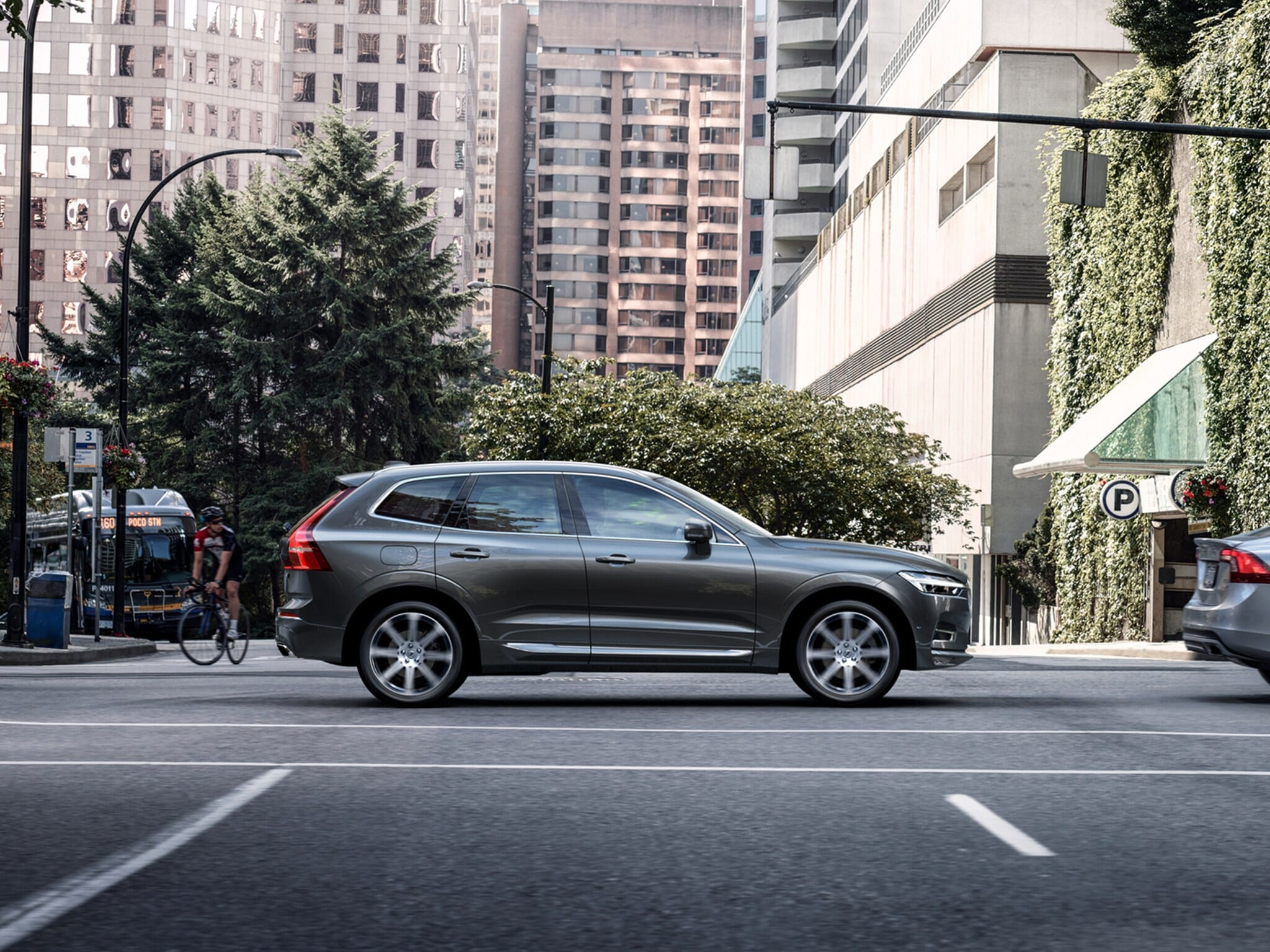 City Safety Pilote semi-automatique SUV Volvo XC60