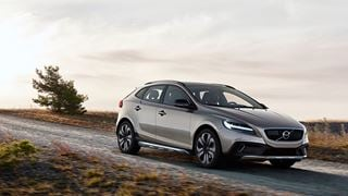 Compacte Volvo V40 Cross Country Momentum Business