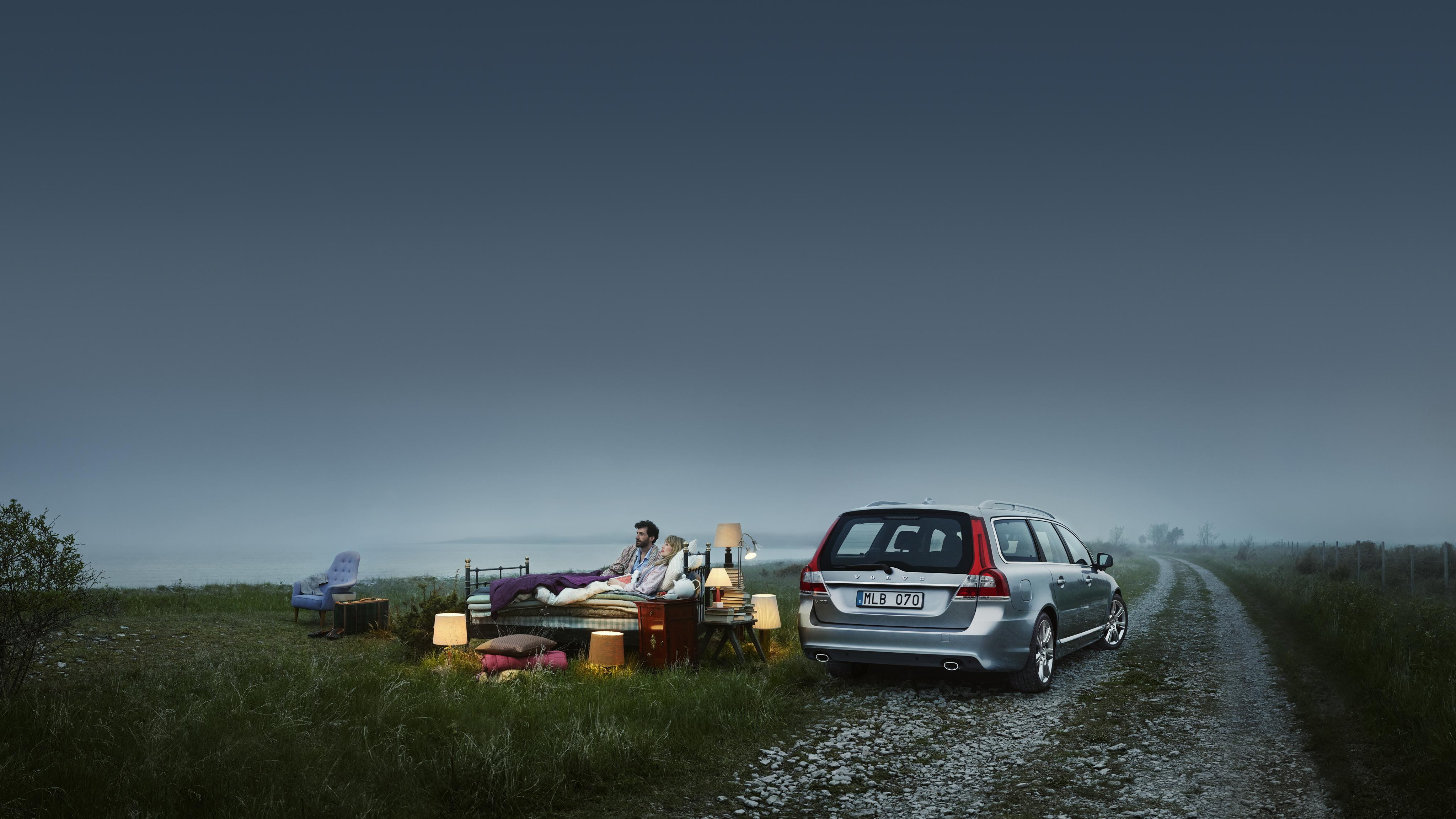 Volvo V70 Pictures and Gallery