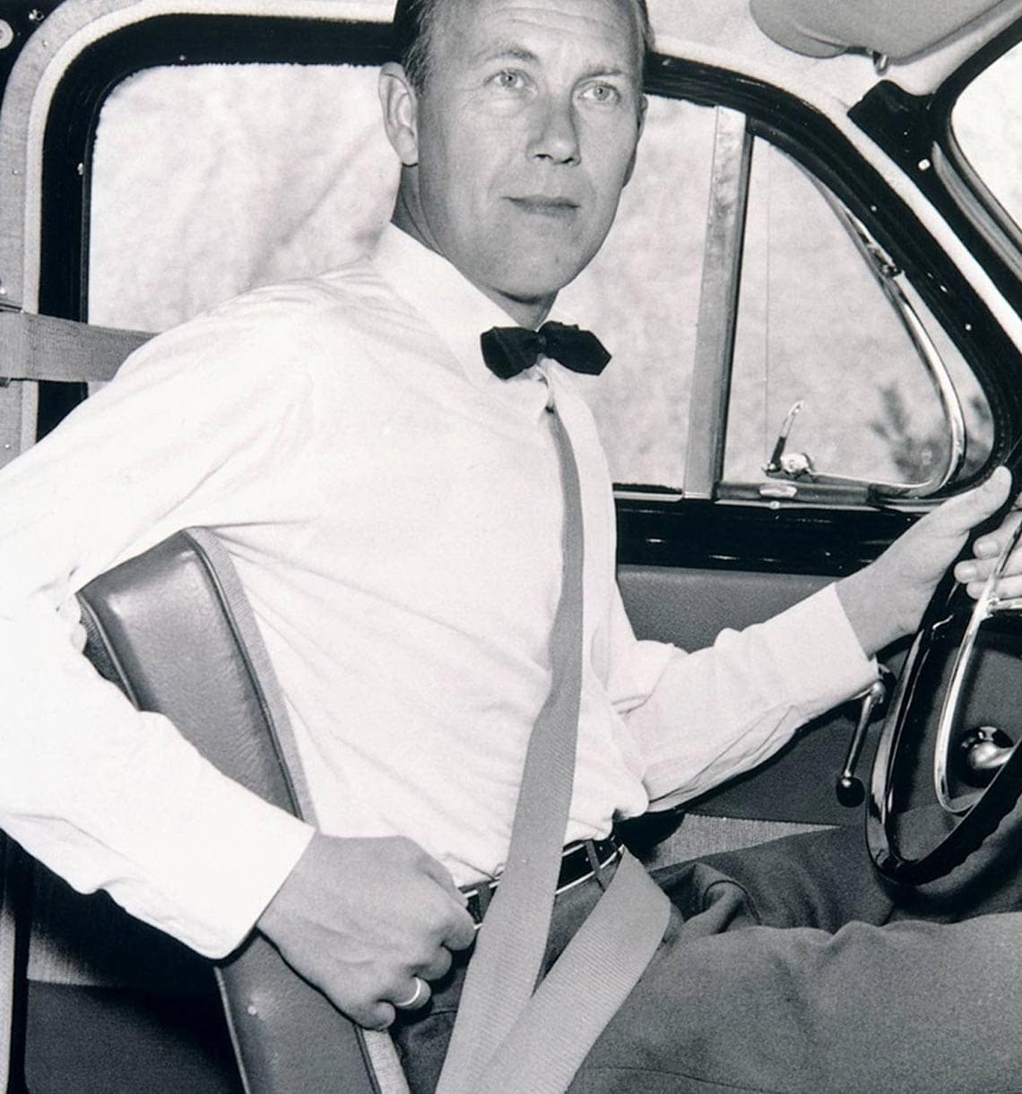 Nils Bohlin with Volvo seatbelt