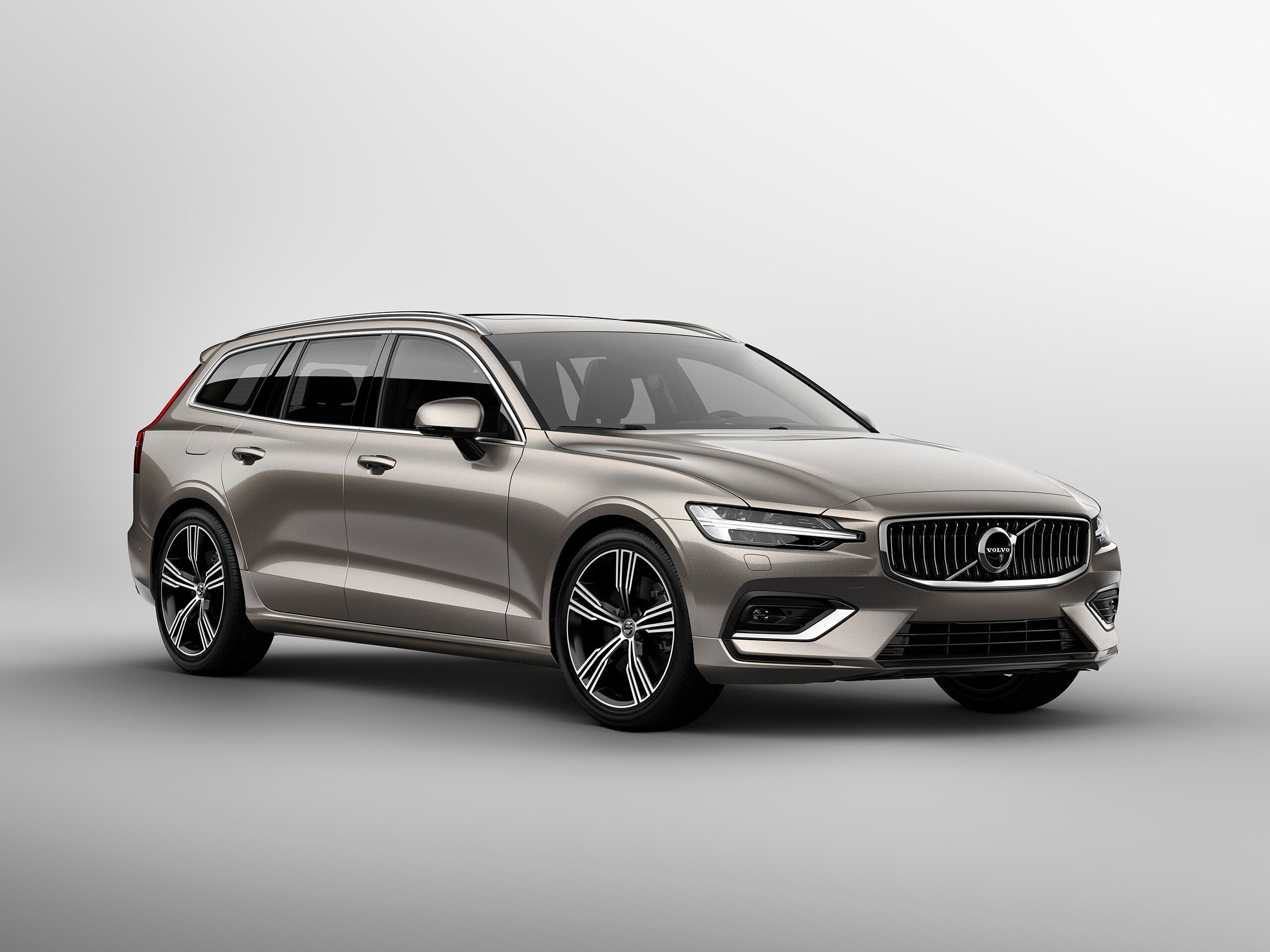 Volvo V60 Inscription side view
