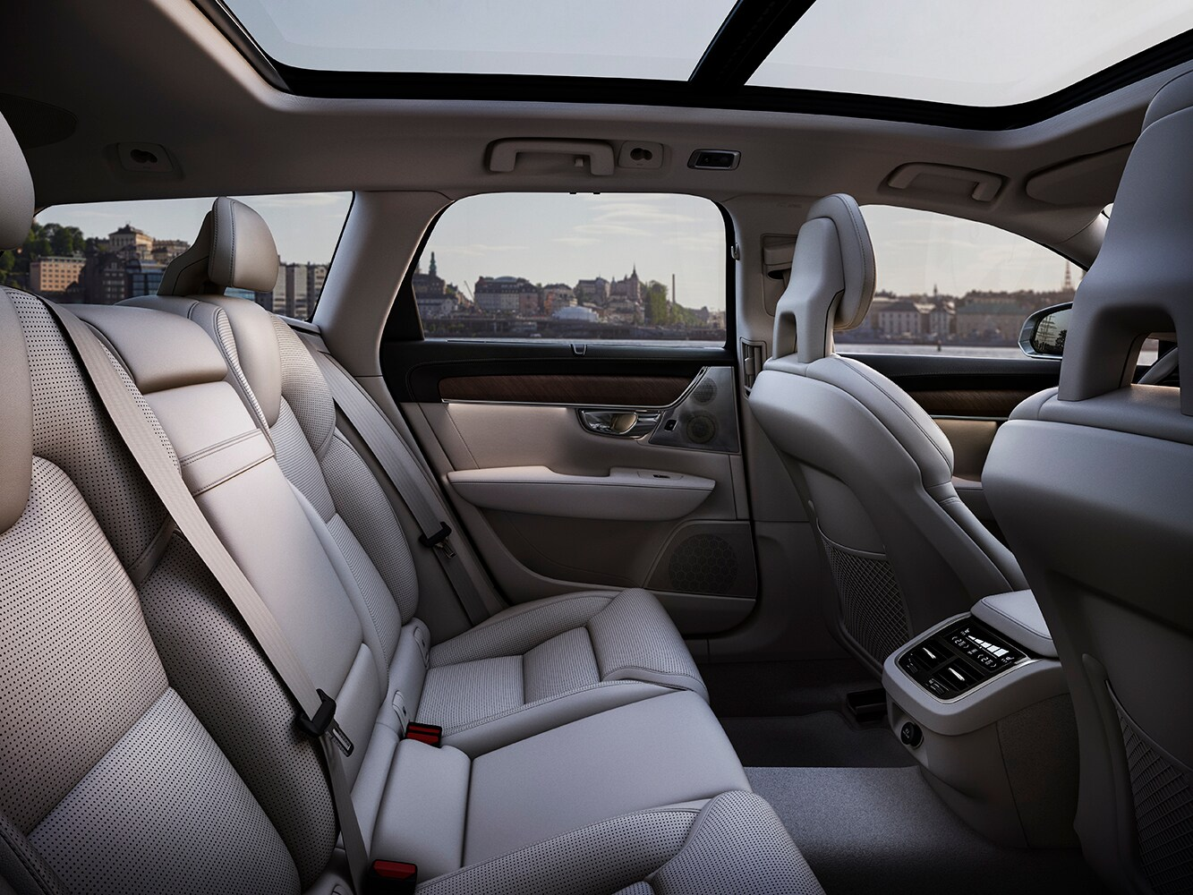 Interior view of generous seating space in the Volvo V90