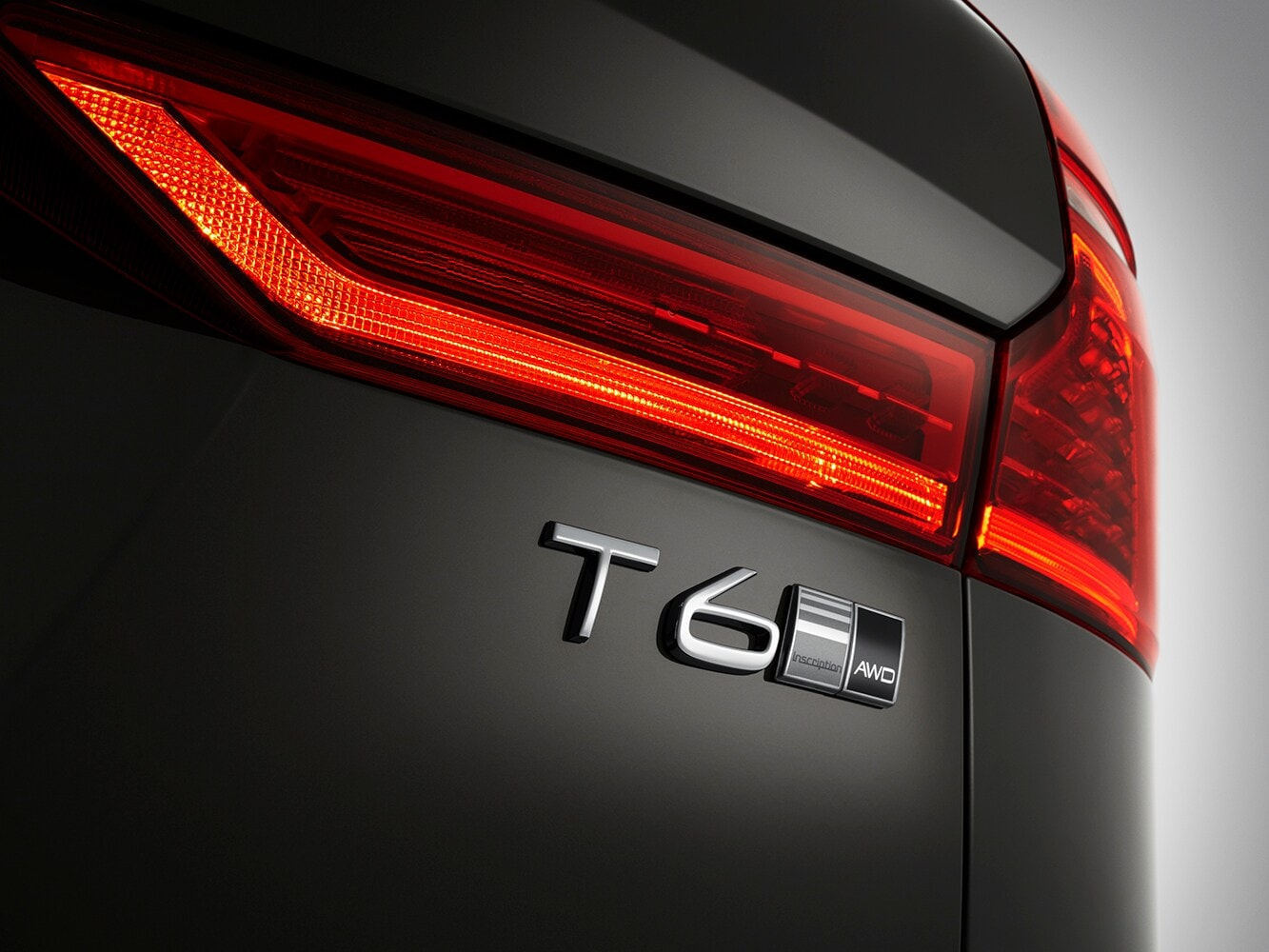 Close up of the T6 badge on a Volvo XC60