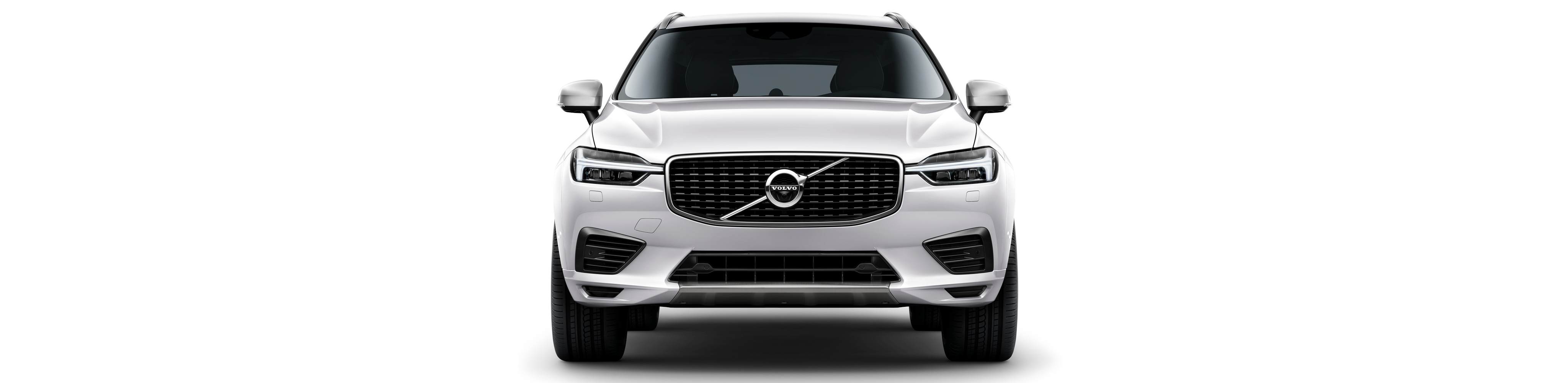 Front view of White  XC60 T8 Twin Engine AWD R-Design