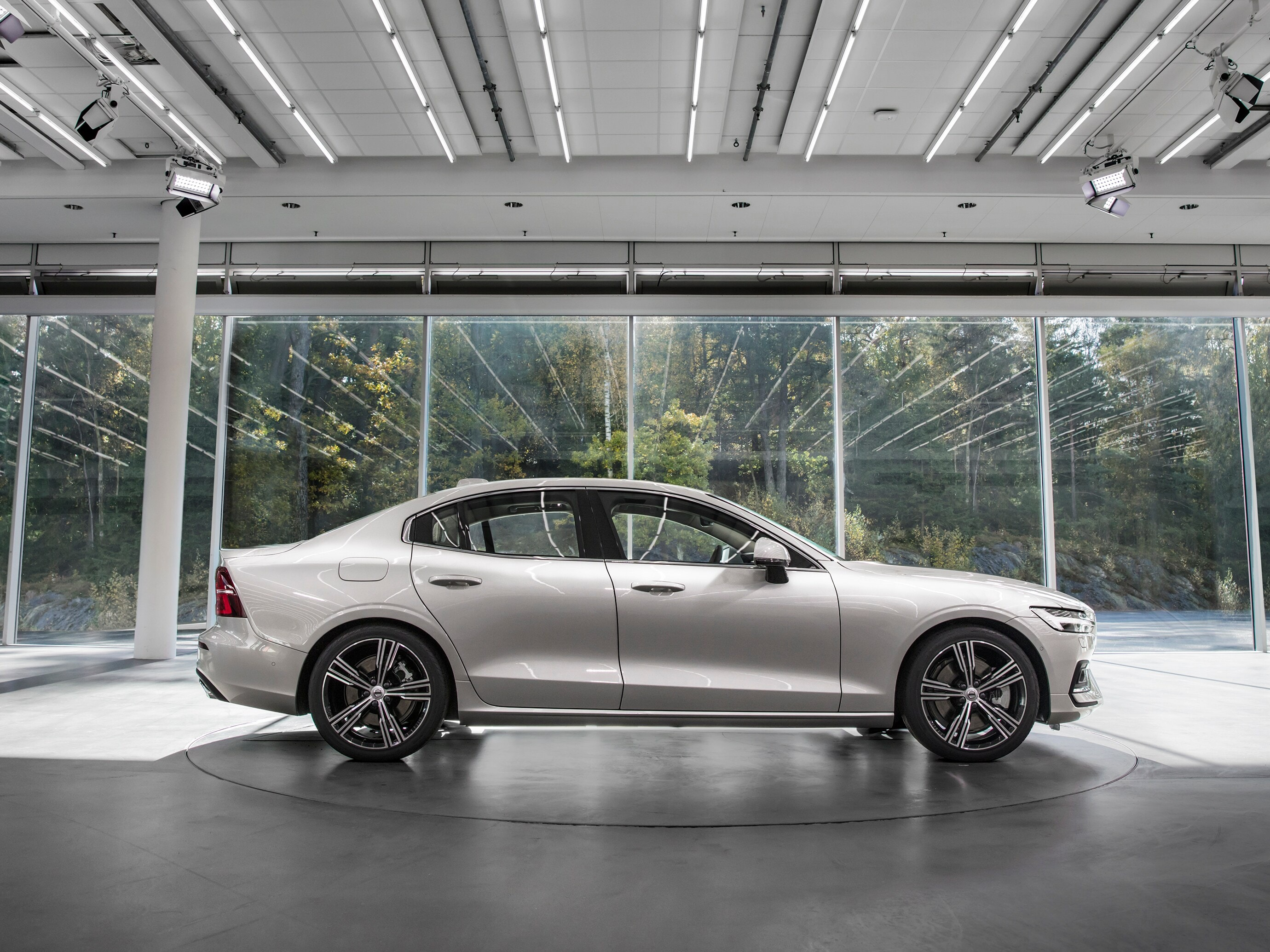 Side view of the Volvo S60 in Volvo Cars' design centre