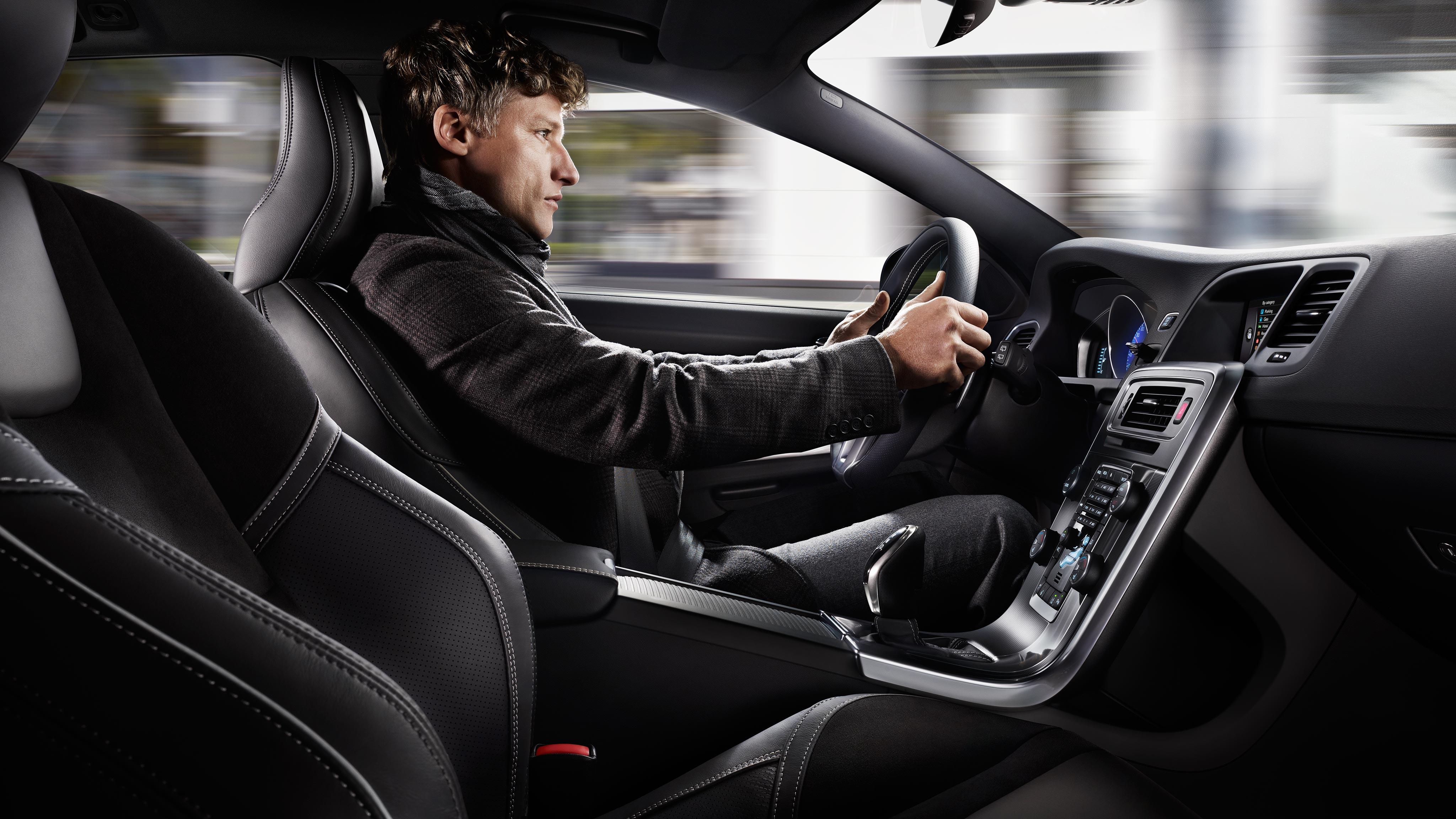 V60 R Design Volvo Cars