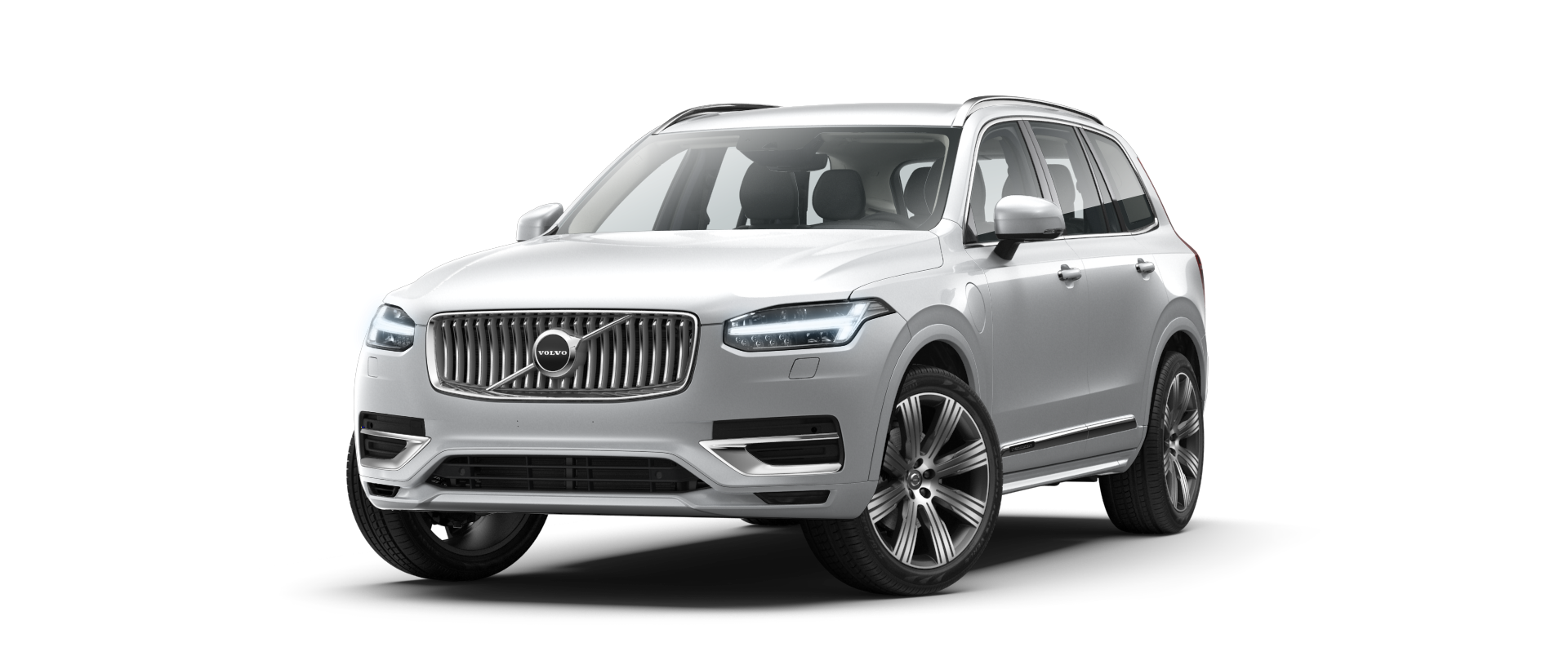 front side view of XC90 mild hybrid