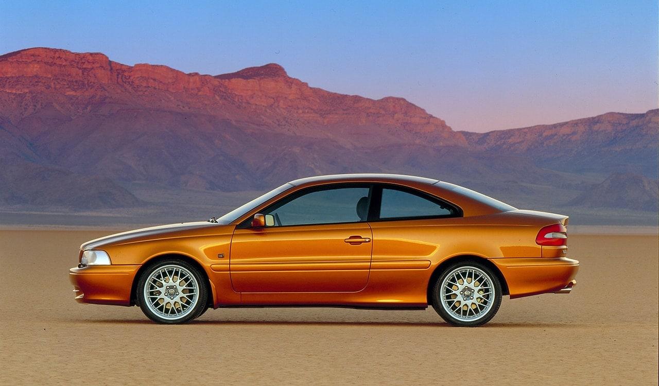 фото авто вольво c70 до 2002 года