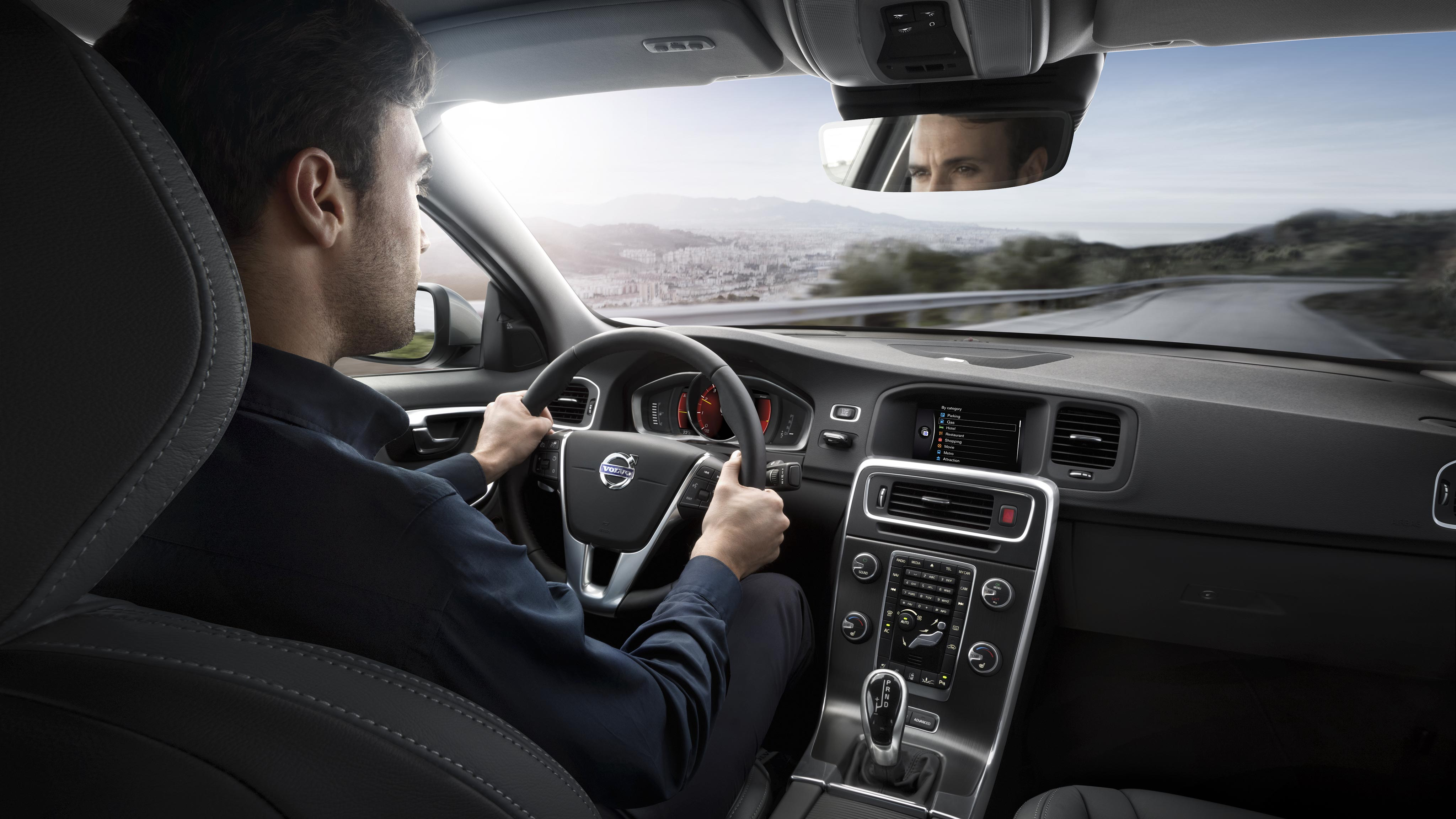 Volvo s60 pictures and gallery