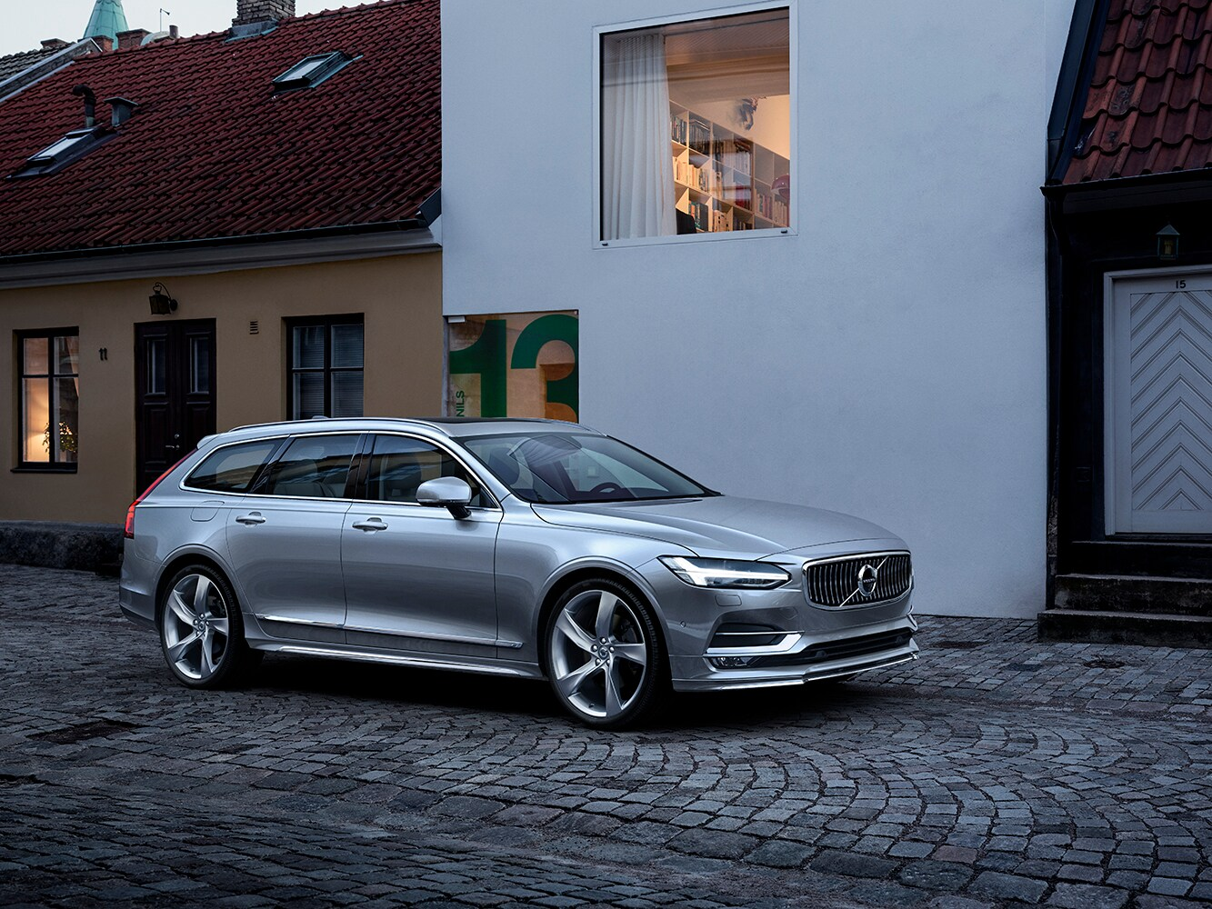 Volvo V90 Inscription na ulici