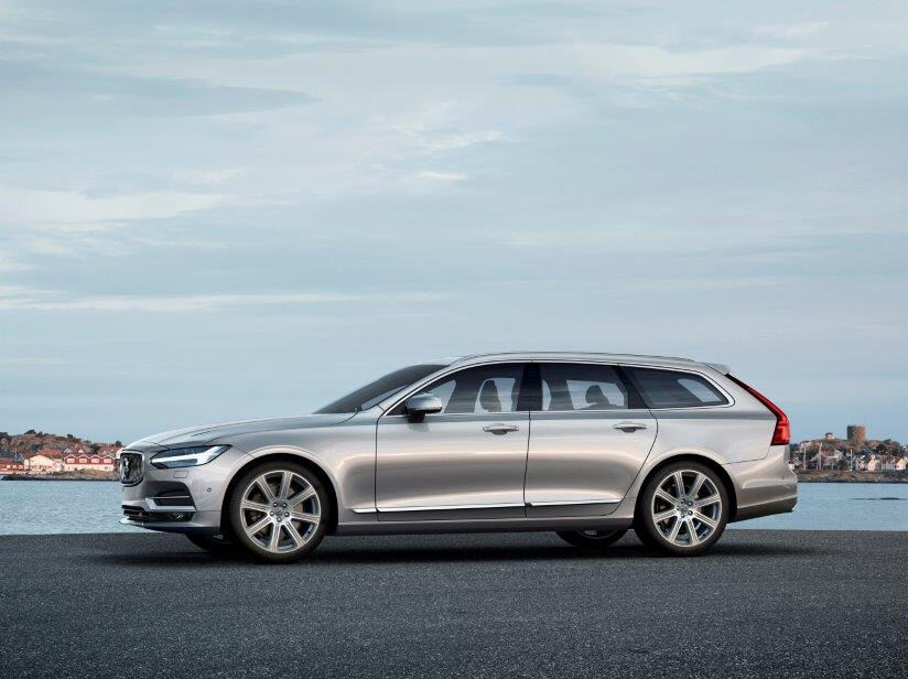 173874_Volvo_V90_Location_Profile_red