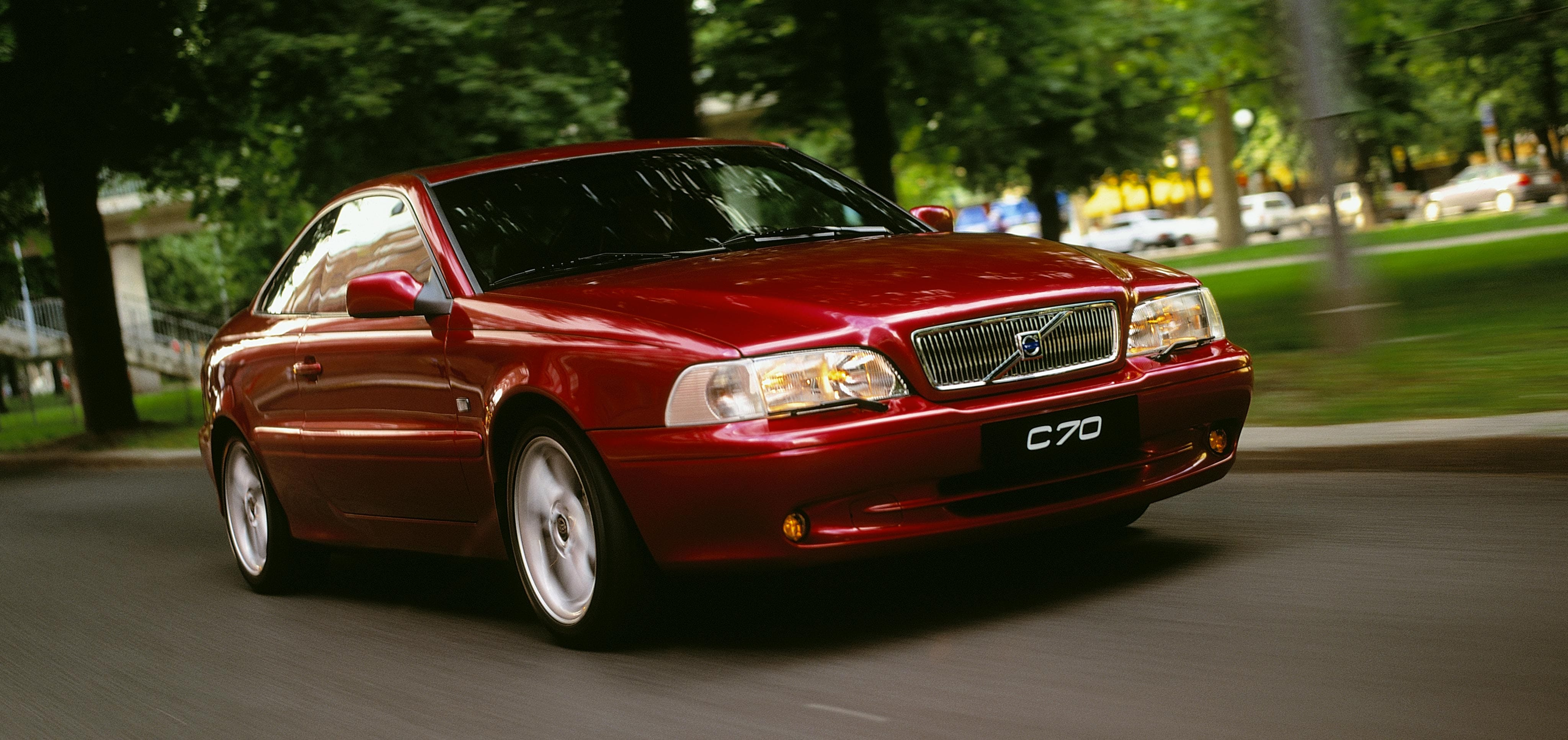 https://assets.volvocars.com/uk/~/media/shared-assets/images/galleries/inside/our-company/heritage/heritage-models/61_volvo_c70_coupe_large.jpg