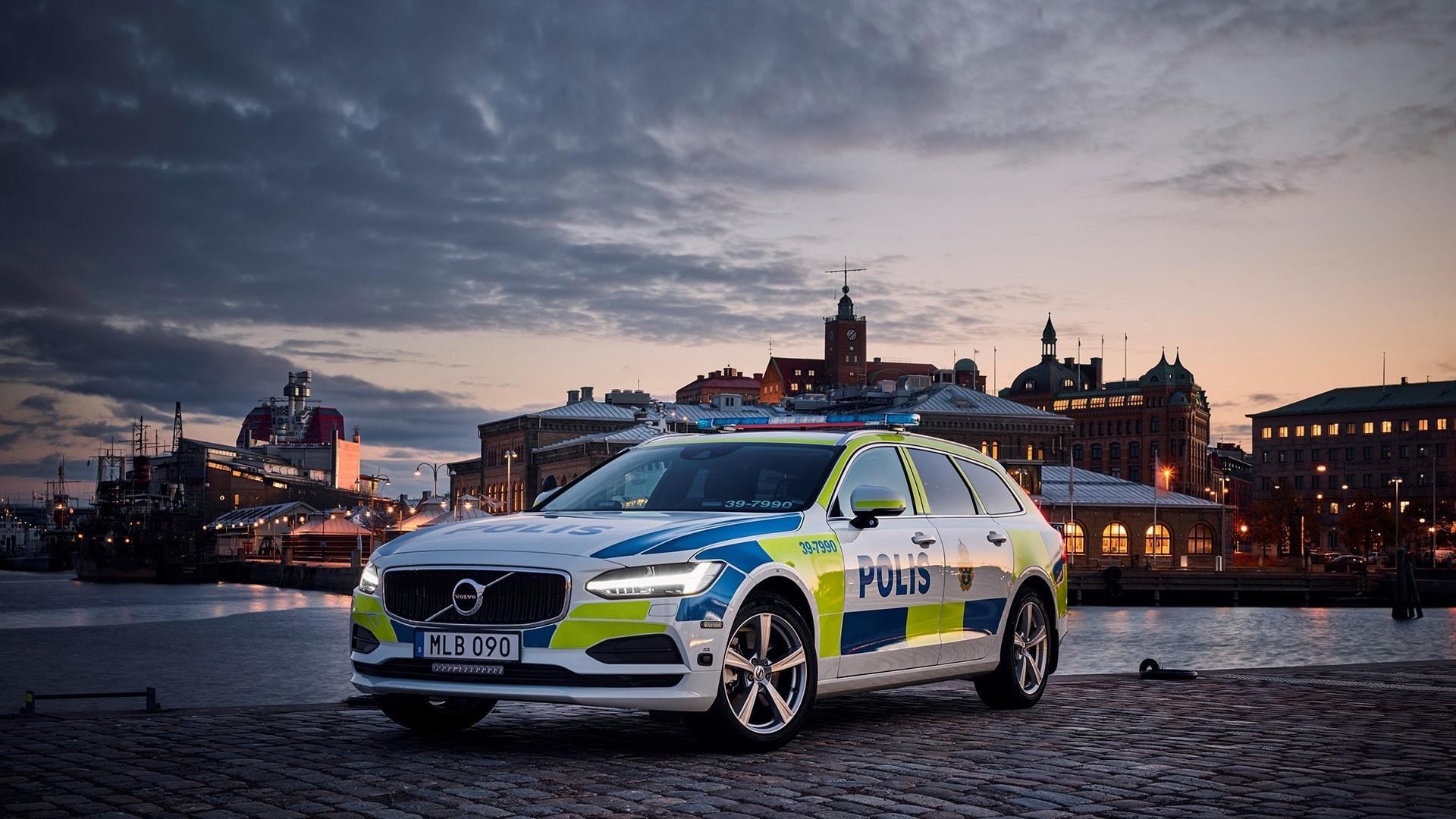 Emergency Services | Volvo Cars UK Ltd