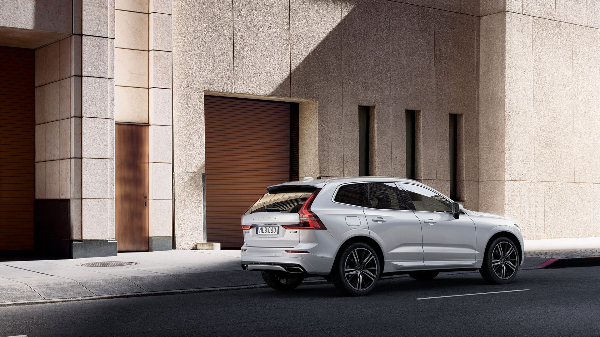 Exterior view of Volvo XC60