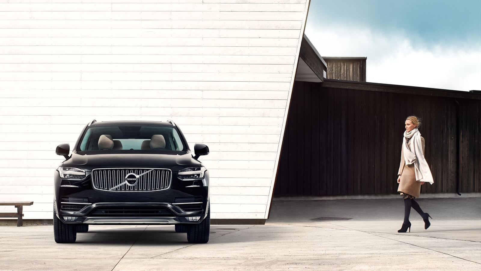 XC90 Exterior Front View