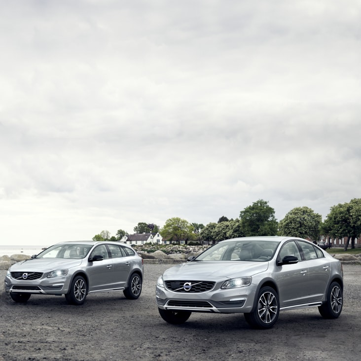 Volvo S60 V60 Cross Country Brochure