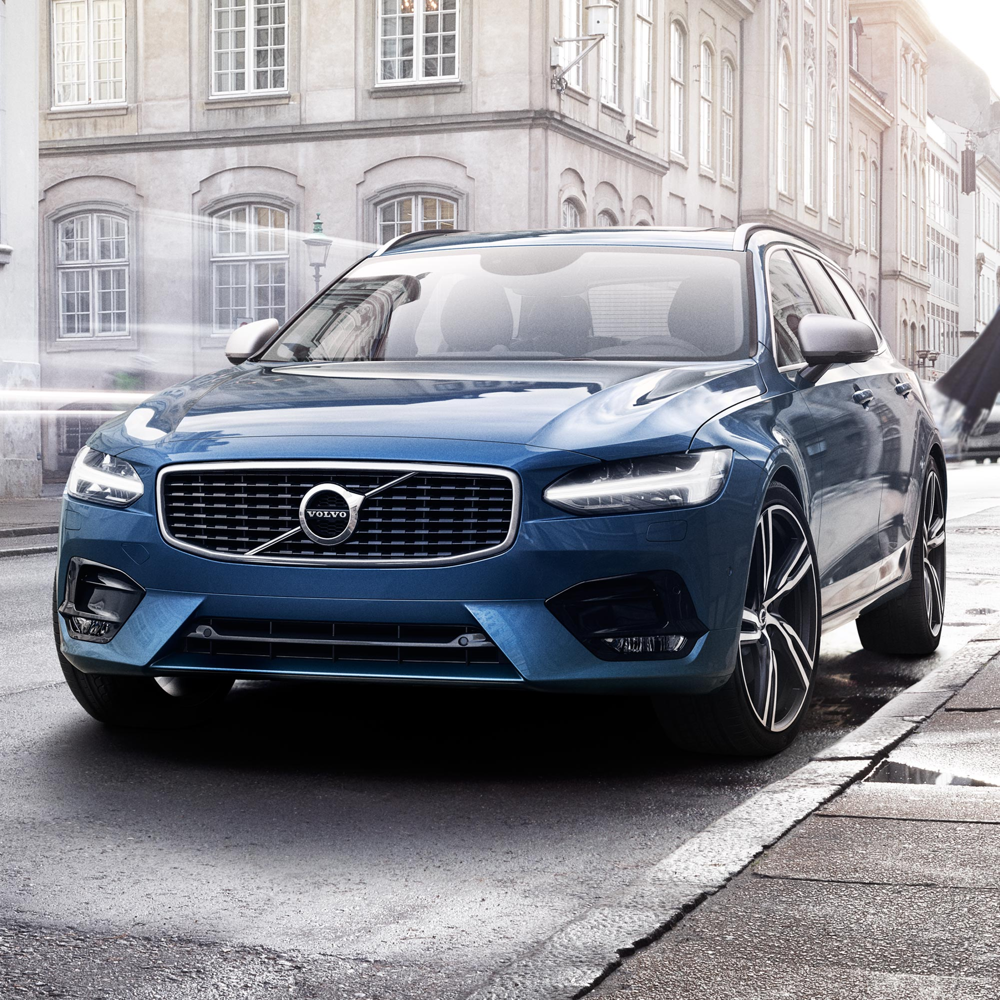 Volvo Overseas Delivery