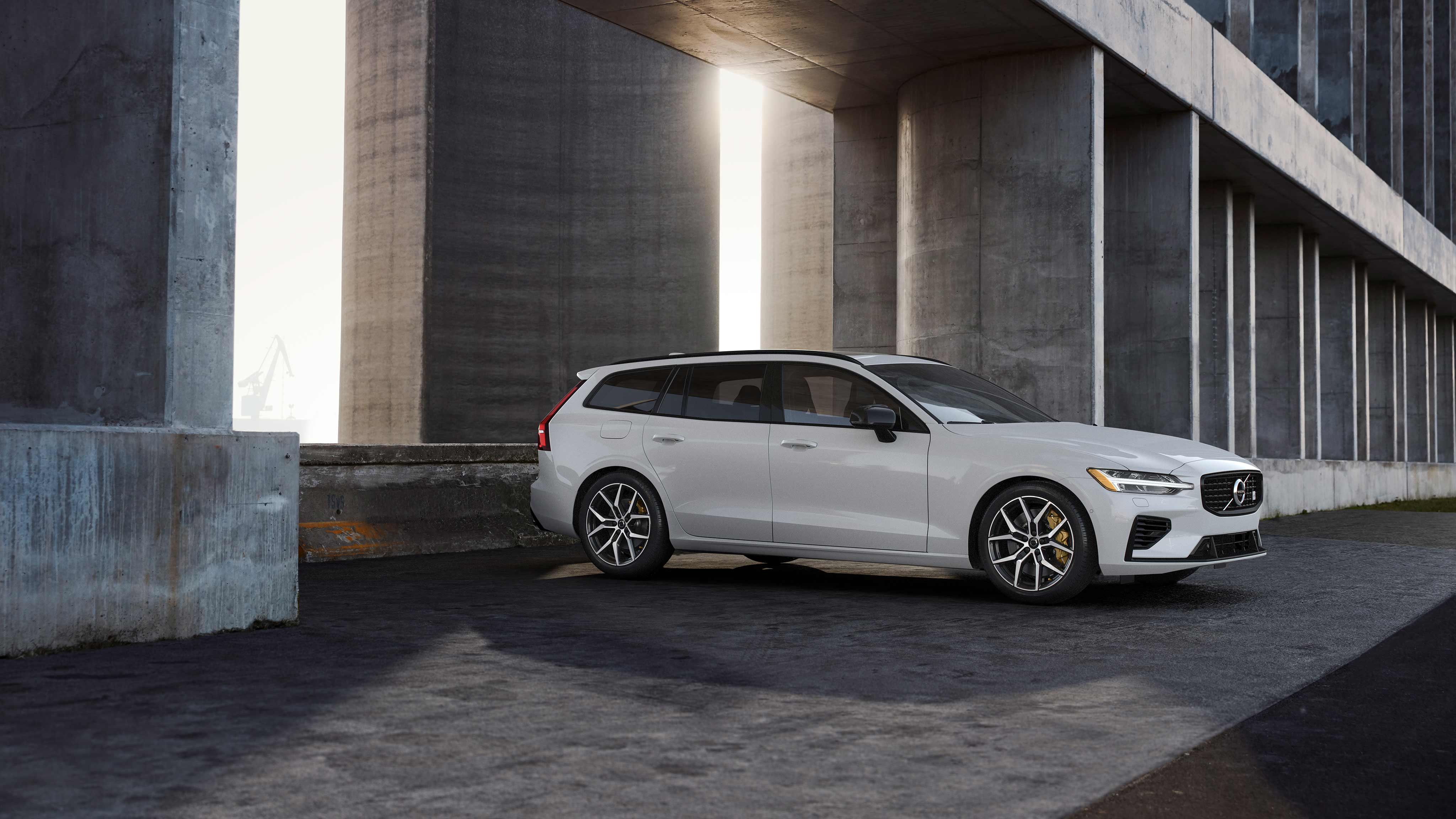 The All New V60 T8 Polestar Engineered