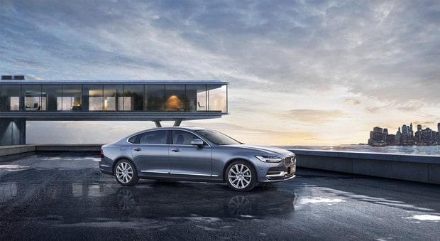 沃尔沃全新S90长轴距豪华轿车中国上市售价36.98万元起