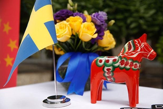 瑞典生日快乐沃尔沃汽车携领先智科技庆祝瑞典国庆